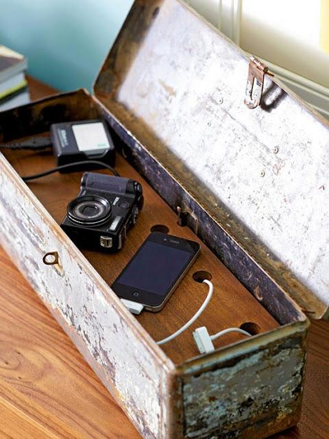 Savvy-Storage-From-Flea-Market-Cheap-Decor-12
